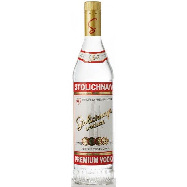 Stolichnaya Red Vodka 38% 70CL